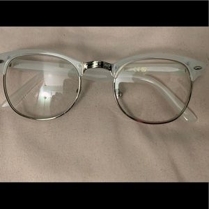 Clear horn rimmed readers